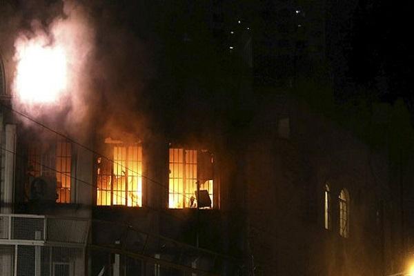 احراق السفارة السعودية في طهران