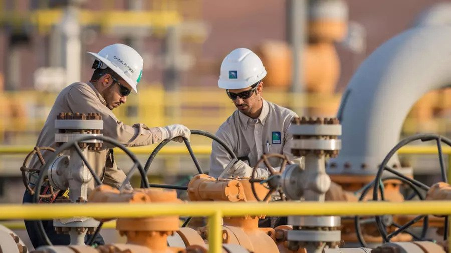 السعودية نيوز |  أرامكو تبرم صفقة بقيمة 12,4 مليار دولار لقاء استخدام شبكتها لخطوط الأنانبيب
