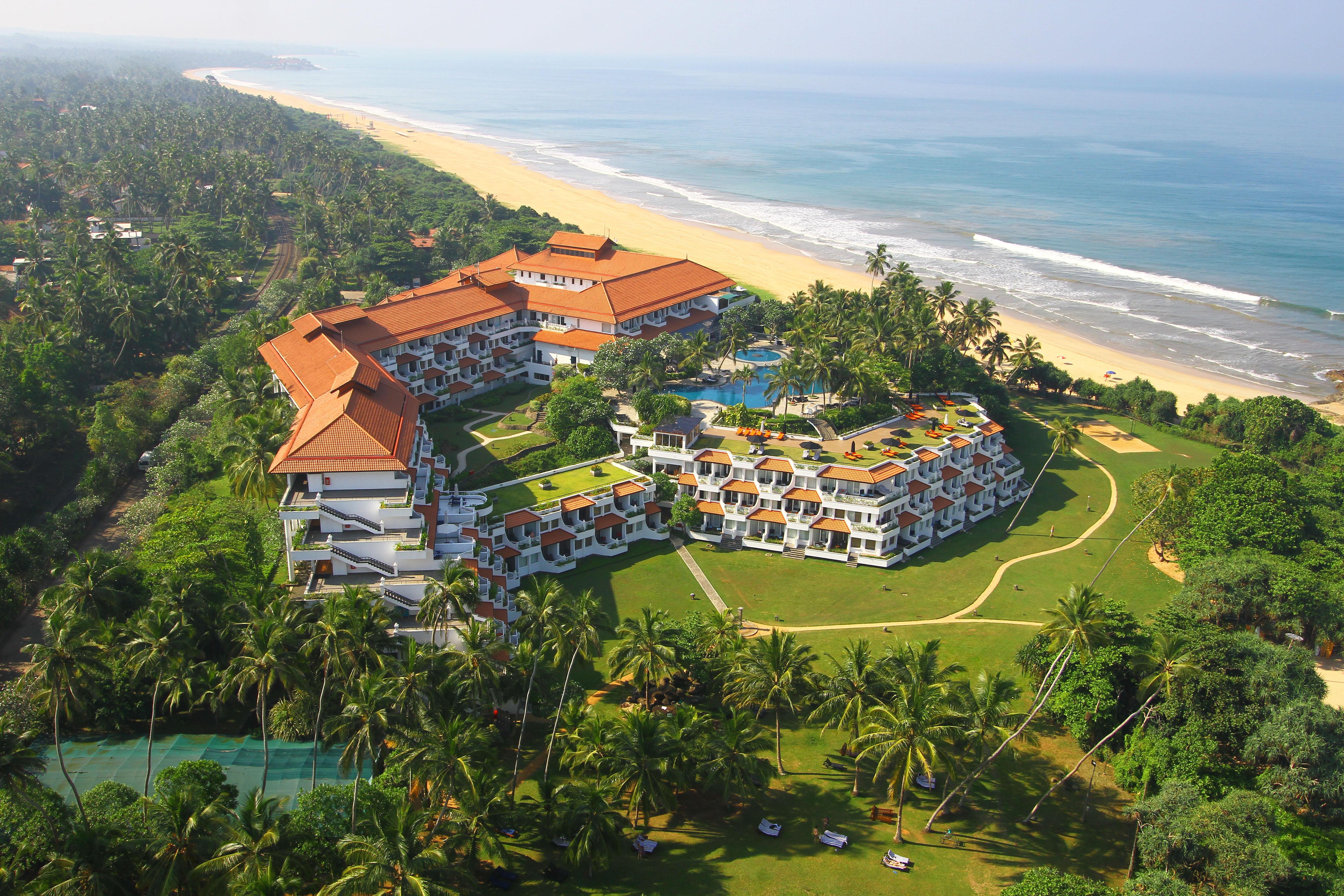 منتجع وسبا تاج بنتوتا سريلانكا يقدم عروضاً مميزة للاستمتاع بالشواطئ الساحرة والأجواء المشمسة