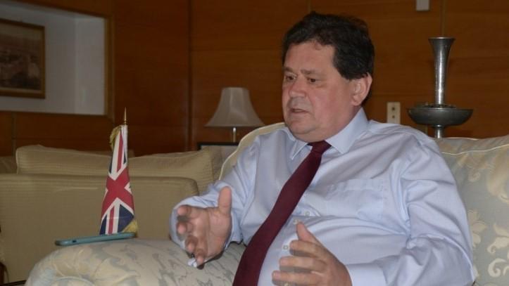 السعودية نيوز |  سفير بريطانيا في المملكة: نعرف أن صواريخ الحوثيين آتية من إيران