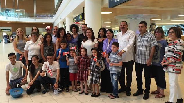ايزيديون عراقيون قامت كندا باعادة توطينهم