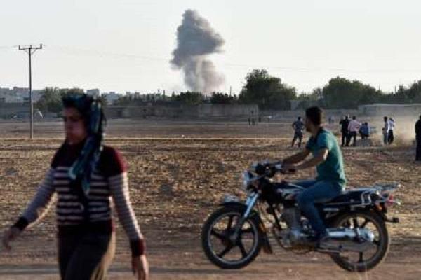 التحالف يكثف غاراته على المنشآت النفطية الواقعة تحت سيطرة داعش