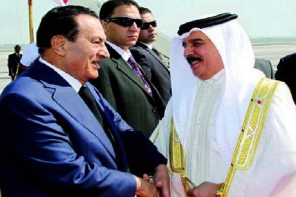 صورة أرشيفية للقاء يجمع الملك حمد بمبارك