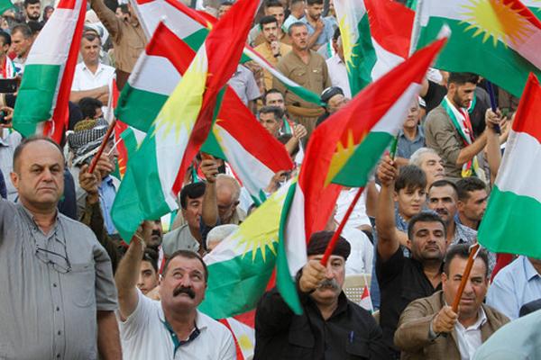 إيران تعلن إغلاق حدودها مع كردستان