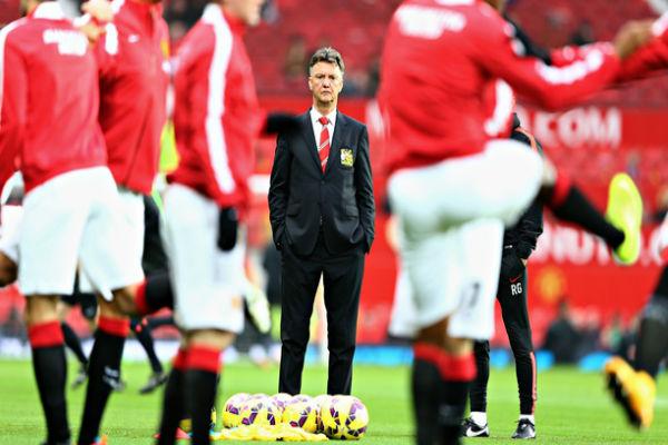 فان غال في تدريبات مانشستر يونايتد