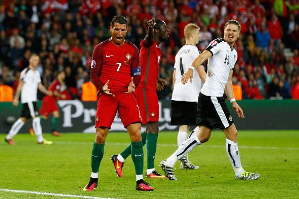 كريستيانو رونالدو في مباراة البرتغال والنمسا