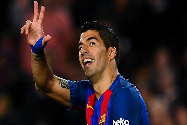 النجم الأوروغوياني لويس سواريز مهاجم برشلونة الإسباني