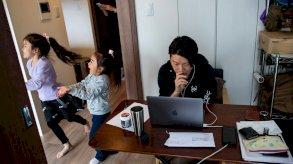 بين المنزل والمكتب.. عالم العمل في بريطانيا يشهد تحوّلاً