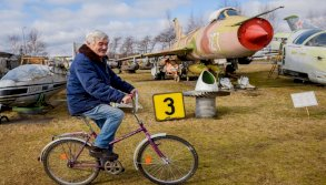 متحف في لاتفيا لطائرات الحقبة السوفياتية مهدد بالإقفال