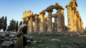 مدينة أثرية أسسها الإغريق في شرق ليبيا مهددة بالتخريب والجرف
