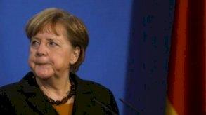 احتدام السباق لخلافة ميركل في ألمانيا