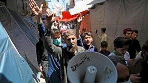 البرلمان الباكستاني ينظر في طلب طرد السفير الفرنسي