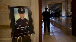 الشرطي الذي قُتل بعد الهجوم على الكابيتول تُوفي لأسباب