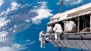 تجارب في محطة الفضاء الدولية تحضيراً لرحلات أبعد في الكون