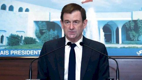 وكيل وزير الخارجية الأميركي للشؤون السياسية ديفيد هيل إثر لقائه رئيس الجمهورية اللبنانية ميشال عون في 15 أبريل 2021